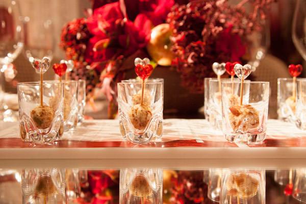 festa-15-anos-branco-vermelho-buffet-zest-10
