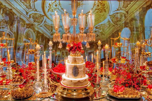 festa-15-anos-branca-de-neve-clarissa-rezende-vermelho-dourado-1