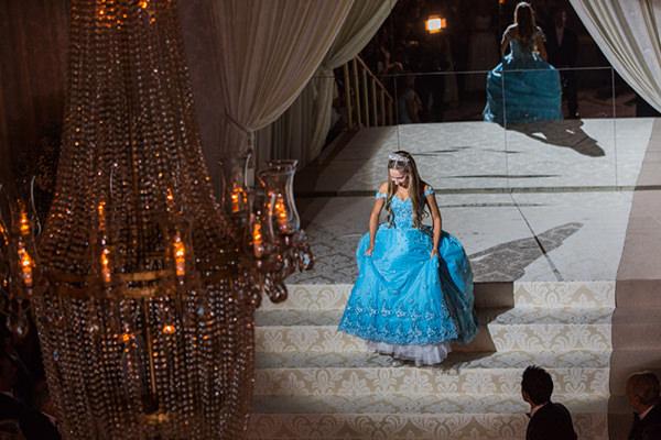 12-festa-15-anos-luiza-casa-petra-vestido-israel-valentim