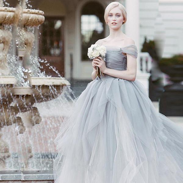 vestidos-de-festa-15-anos-inspirado-no-livro-a-selecao-4