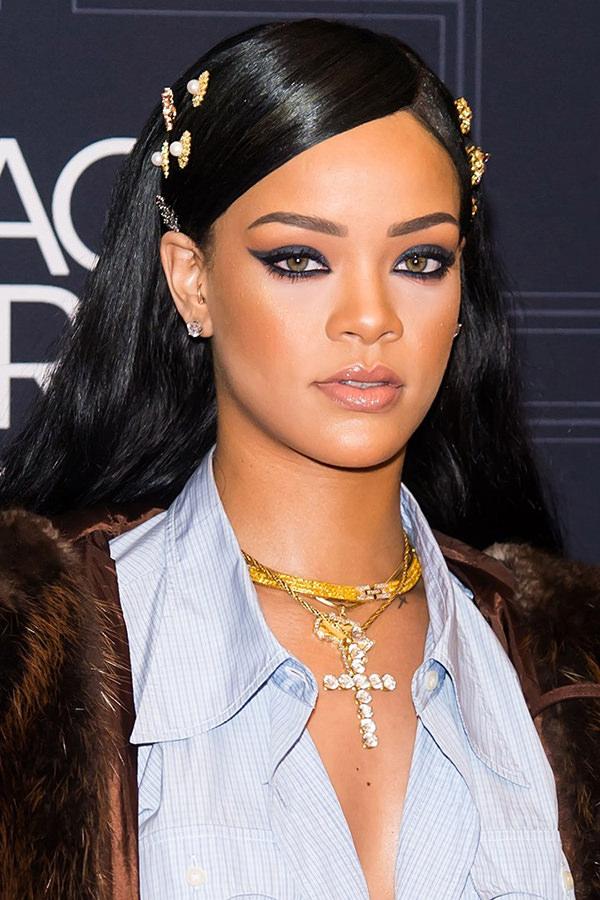 Make Rihanna, Maquiagens Rihanna, Make Riri, Delineado Rihanna